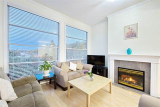 Photo 1: 401 1958 E 47TH Avenue in Vancouver: Killarney VE Condo for sale (Vancouver East)  : MLS®# R2409615