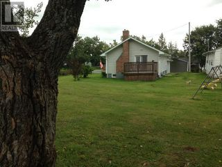 Photo 2: 5 MAPLE Street in STEPHENVILLE: House for sale : MLS®# 1213341