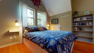 "Photo 11: 13495 LEE Road in Garden Bay: Pender Harbour Egmont House for sale in ""Daniel Point"" (Sunshine Coast)  : MLS®# R2497322"