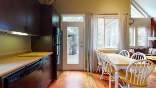 "Photo 20: 13495 LEE Road in Garden Bay: Pender Harbour Egmont House for sale in ""Daniel Point"" (Sunshine Coast)  : MLS®# R2497322"