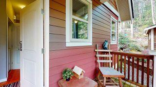 "Photo 24: 13495 LEE Road in Garden Bay: Pender Harbour Egmont House for sale in ""Daniel Point"" (Sunshine Coast)  : MLS®# R2497322"
