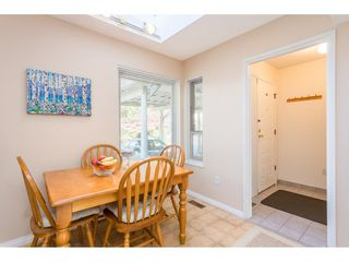 """Photo 7: 1805 LILAC Drive in Surrey: King George Corridor Townhouse for sale in """"ALDERWOOD"""" (South Surrey White Rock)  : MLS®# R2511865"""