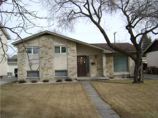 Photo 1:  in WINNIPEG: Transcona Residential for sale (North East Winnipeg)  : MLS®# 1004477