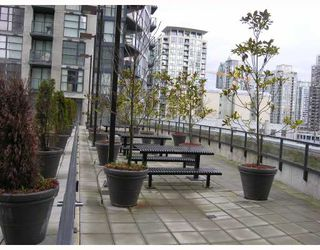 "Photo 7: 1907 1199 SEYMOUR Street in Vancouver: Downtown VW Condo for sale in ""BRAVA"" (Vancouver West)  : MLS®# V742072"