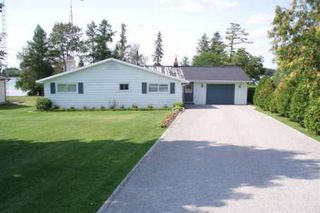 Photo 2: 33 Robinson Avenue in Kawartha L: House (Bungalow) for sale (X22: ARGYLE)  : MLS®# X1550900