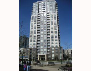 """Photo 1: 708 3663 CROWLEY Drive in Vancouver: Collingwood VE Condo for sale in """"LATITUDE"""" (Vancouver East)  : MLS®# V757388"""