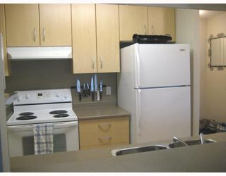 """Photo 4: 708 3663 CROWLEY Drive in Vancouver: Collingwood VE Condo for sale in """"LATITUDE"""" (Vancouver East)  : MLS®# V757388"""