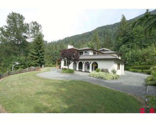 "Photo 1: 6921 MARBLE HILL Road in Chilliwack: Eastern Hillsides House for sale in ""S"" : MLS®# H2902233"