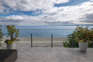 Photo 2: 2013 CASSIDY Road: Roberts Creek House for sale (Sunshine Coast)  : MLS®# R2423784