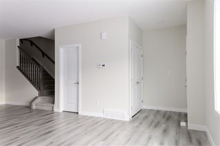 Photo 19: 371 Charlesworth Drive SW in Edmonton: Zone 53 House for sale : MLS®# E4182313