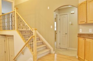 Photo 8: 4606 154 Avenue in Edmonton: Zone 03 House for sale : MLS®# E4185988