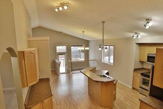 Photo 3: 4606 154 Avenue in Edmonton: Zone 03 House for sale : MLS®# E4185988
