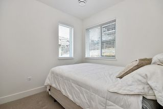 "Photo 12: 18 34230 ELMWOOD Drive in Abbotsford: Central Abbotsford Townhouse for sale in ""TEN OAKS"" : MLS®# R2447846"