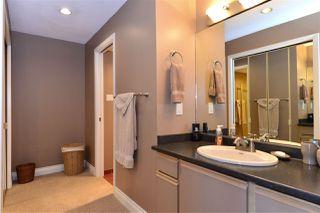 Photo 13: 202 15015 VICTORIA AVENUE: White Rock Condo for sale (South Surrey White Rock)  : MLS®# R2439513