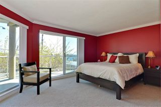 Photo 12: 202 15015 VICTORIA AVENUE: White Rock Condo for sale (South Surrey White Rock)  : MLS®# R2439513