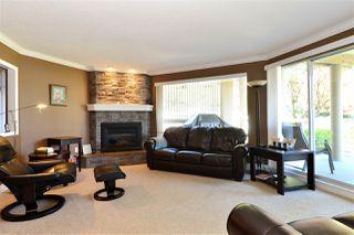 Photo 3: 202 15015 VICTORIA AVENUE: White Rock Condo for sale (South Surrey White Rock)  : MLS®# R2439513