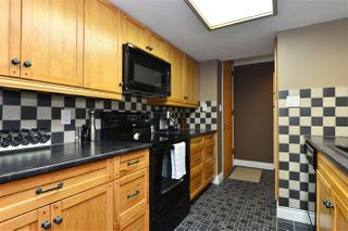 Photo 8: 202 15015 VICTORIA AVENUE: White Rock Condo for sale (South Surrey White Rock)  : MLS®# R2439513