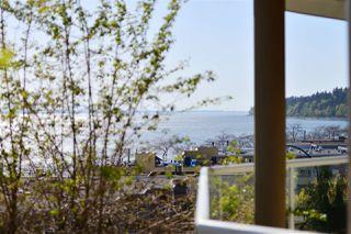 Photo 15: 202 15015 VICTORIA AVENUE: White Rock Condo for sale (South Surrey White Rock)  : MLS®# R2439513