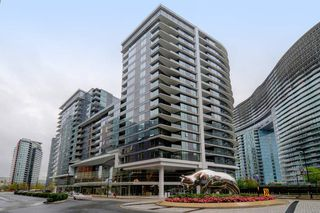 "Photo 1: 311 68 SMITHE Street in Vancouver: Downtown VW Condo for sale in ""One Pacific"" (Vancouver West)  : MLS®# R2466585"