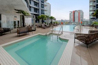 "Photo 21: 311 68 SMITHE Street in Vancouver: Downtown VW Condo for sale in ""One Pacific"" (Vancouver West)  : MLS®# R2466585"