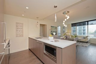 "Photo 11: 311 68 SMITHE Street in Vancouver: Downtown VW Condo for sale in ""One Pacific"" (Vancouver West)  : MLS®# R2466585"