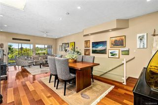 Photo 3: 45 4318 Emily Carr Dr in : SE Broadmead Row/Townhouse for sale (Saanich East)  : MLS®# 845456