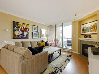 "Photo 3: 704 1575 W 10TH Avenue in Vancouver: Fairview VW Condo for sale in ""TRITON"" (Vancouver West)  : MLS®# R2480004"