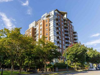 "Photo 25: 704 1575 W 10TH Avenue in Vancouver: Fairview VW Condo for sale in ""TRITON"" (Vancouver West)  : MLS®# R2480004"