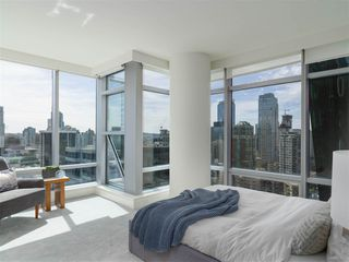 Photo 7: 2308 1111 ALBERNI STREET in Vancouver: West End VW Condo for sale (Vancouver West)  : MLS®# R2483194