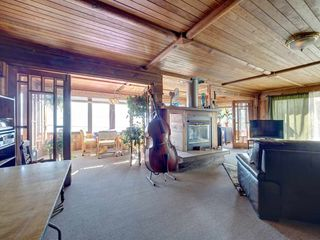"""Photo 19: 1109 POINT Road in Gibsons: Gibsons & Area House for sale in """"HOPKINS BEACH"""" (Sunshine Coast)  : MLS®# R2504996"""