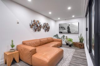 """Photo 13: 2203 10899 UNIVERSITY Drive in Surrey: Whalley Condo for sale in """"THE OBSERVATORY"""" (North Surrey)  : MLS®# R2507386"""