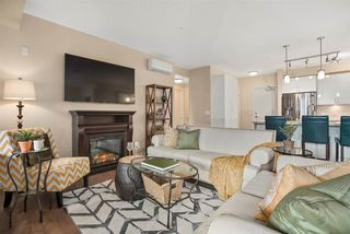 Photo 6: 501 14588 MCDOUGALL Drive in Surrey: King George Corridor Condo for sale (South Surrey White Rock)  : MLS®# R2517287