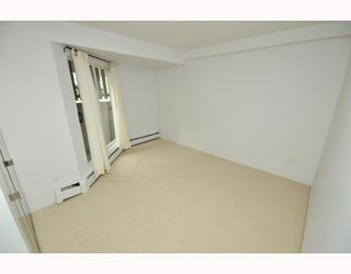 """Photo 25: # 33 870 W 7TH AV in Vancouver: Fairview VW Townhouse for sale in """"LAUREL COURT"""" (Vancouver West)  : MLS®# V786328"""