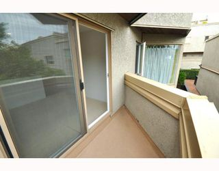 """Photo 23: # 33 870 W 7TH AV in Vancouver: Fairview VW Townhouse for sale in """"LAUREL COURT"""" (Vancouver West)  : MLS®# V786328"""