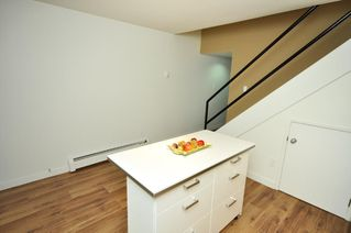 """Photo 5: # 33 870 W 7TH AV in Vancouver: Fairview VW Townhouse for sale in """"LAUREL COURT"""" (Vancouver West)  : MLS®# V786328"""