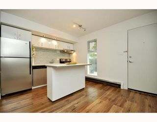 """Photo 19: # 33 870 W 7TH AV in Vancouver: Fairview VW Townhouse for sale in """"LAUREL COURT"""" (Vancouver West)  : MLS®# V786328"""