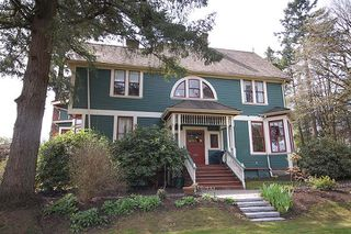 "Main Photo: 126 GRANVILLE Street in New Westminster: Queens Park House  in ""QUEENS PARK"" : MLS®# V819929"