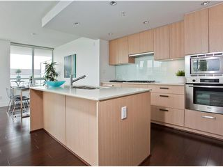 "Photo 5: 307 1675 W 8TH Avenue in Vancouver: Fairview VW Condo for sale in ""CAMERA"" (Vancouver West)  : MLS®# V847637"