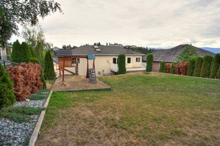 Photo 9: 2214 Lillooet Crescent in Kelowna: Other for sale : MLS®# 10016192