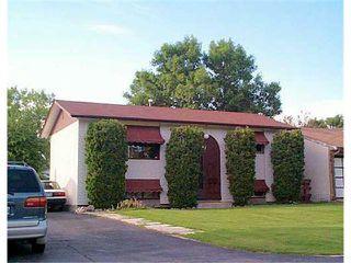 Photo 1: 31 WINSLOW Drive in WINNIPEG: St Vital Residential for sale (South East Winnipeg)  : MLS®# 2510413