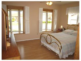 Photo 6: 884 BEECHER Avenue in WINNIPEG: West Kildonan / Garden City Residential for sale (North West Winnipeg)  : MLS®# 2820008