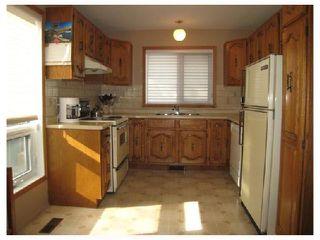 Photo 4: 884 BEECHER Avenue in WINNIPEG: West Kildonan / Garden City Residential for sale (North West Winnipeg)  : MLS®# 2820008