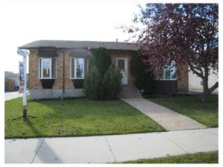 Photo 1: 884 BEECHER Avenue in WINNIPEG: West Kildonan / Garden City Residential for sale (North West Winnipeg)  : MLS®# 2820008