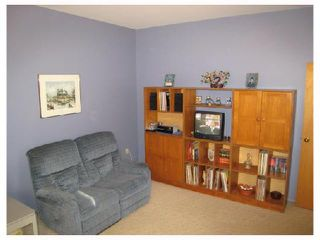 Photo 5: 884 BEECHER Avenue in WINNIPEG: West Kildonan / Garden City Residential for sale (North West Winnipeg)  : MLS®# 2820008