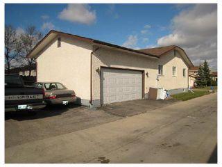 Photo 9: 884 BEECHER Avenue in WINNIPEG: West Kildonan / Garden City Residential for sale (North West Winnipeg)  : MLS®# 2820008
