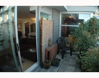 Photo 8: 304 328 E 11TH Avenue in Vancouver: Mount Pleasant VE Condo for sale (Vancouver East)  : MLS®# V741640