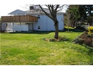 Photo 2: 4009 Carey Road in VICTORIA: SW Glanford Single Family Detached for sale (Saanich West)  : MLS®# 242219