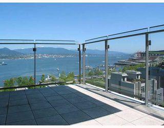 "Photo 7: 703 1281 W CORDOVA Street in Vancouver: Coal Harbour Condo for sale in ""Callisto"" (Vancouver West)  : MLS®# V766001"