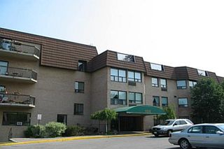 Main Photo: 225 155 Main Street in Newmarket: Condo for sale (N07: NEWMARKET)  : MLS®# N1639426