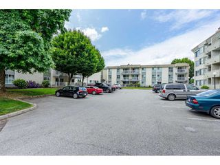 "Main Photo: 219 32850 GEORGE FERGUSON Way in Abbotsford: Central Abbotsford Condo for sale in ""Abbotsford Place"" : MLS®# R2389381"
